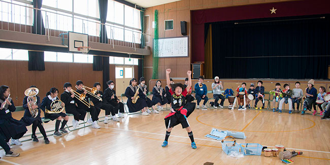 西成・子どもオーケストラ